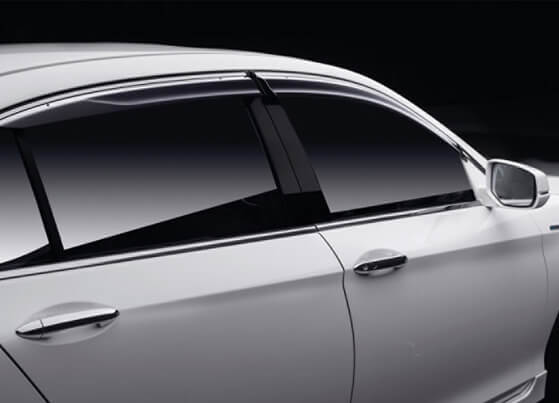 Accord-Hybrid-Door Visor Chrome
