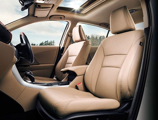 Accord-hybrid-Luxury Seating