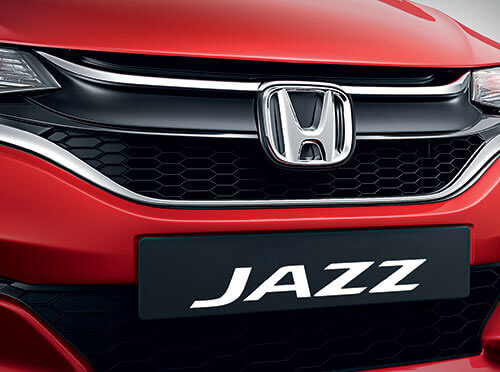New Honda Jazz 2020 Exterior - Chrome Accentuated High Gloss Black Grille